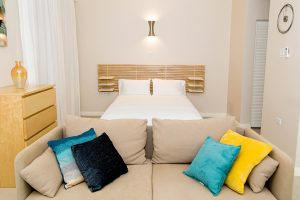 Room Layout of Studio Vacation Apartment in Kingston - Choose To Be Happy