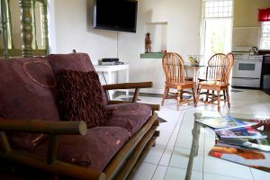 Niagara Vacation Rental Living and Dining Space - Choose To Be Happy